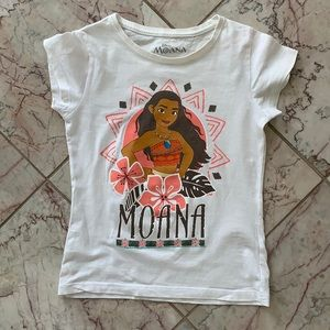 (4 for $20) Moana T-Shirt for 6Y